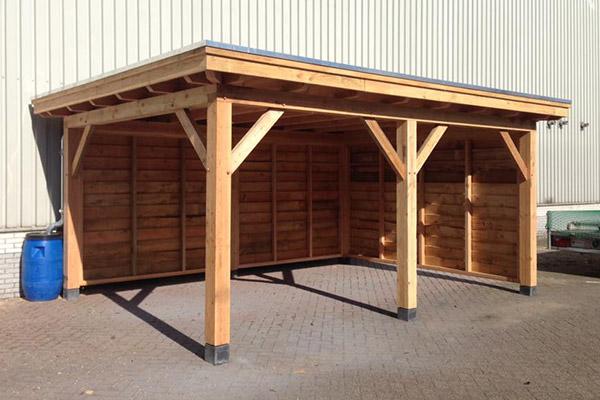 houten carport met twee dichte deuren houtsolutions
