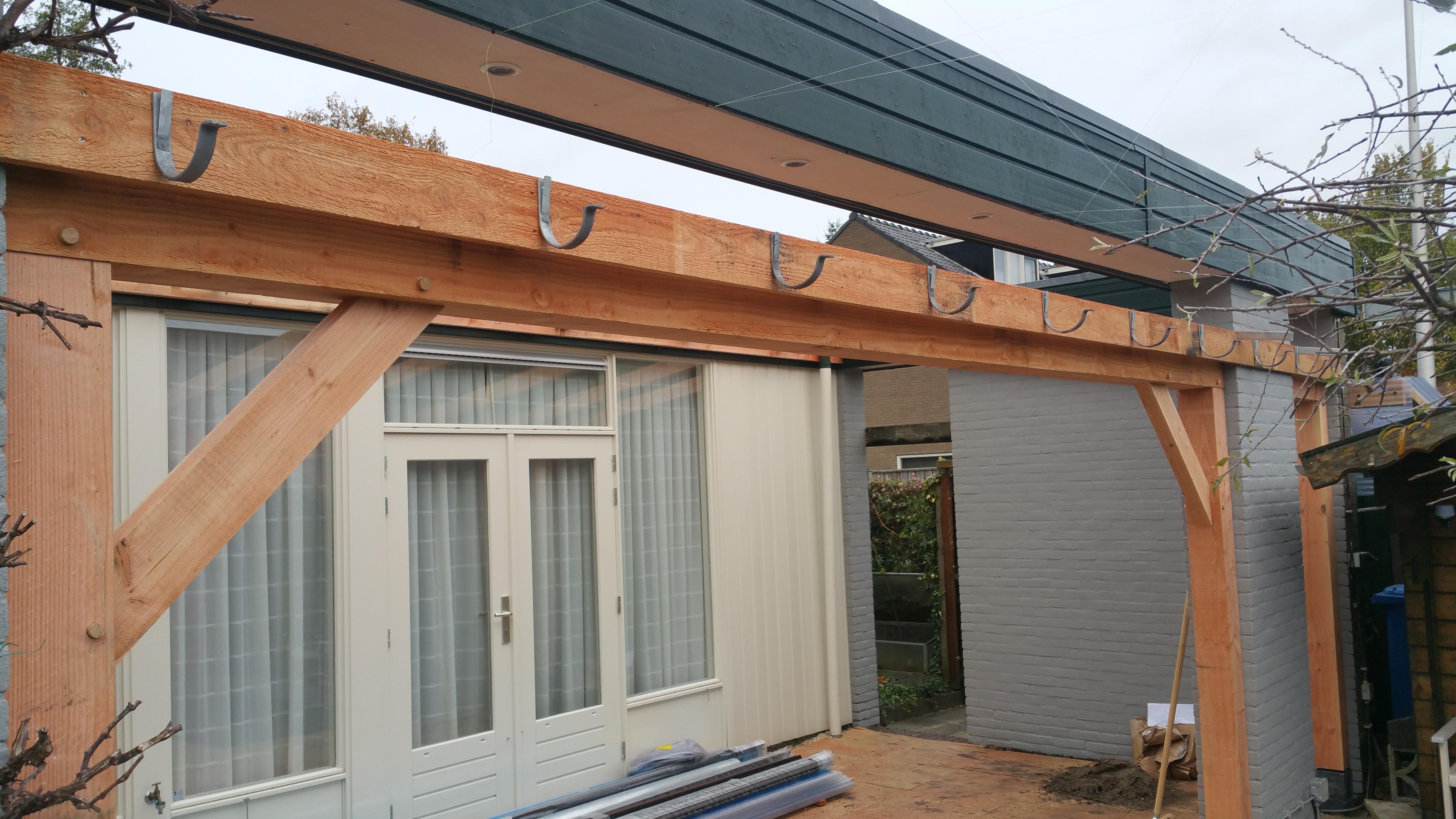 Start bouw houten veranda in amersfoort for Houten veranda