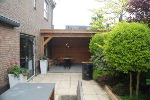 Houten terrasoverkapping aanbouw