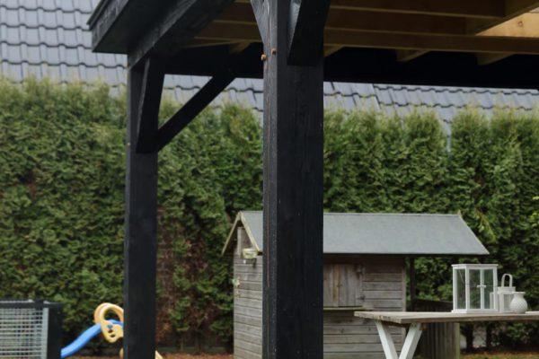 Houten terrasoverkapping (aanbouw)