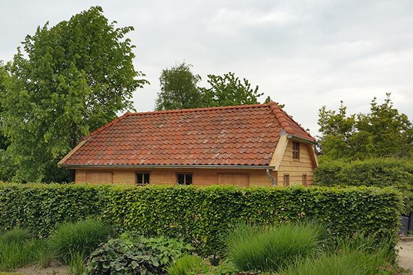 Houten nostalgische tuinhuis
