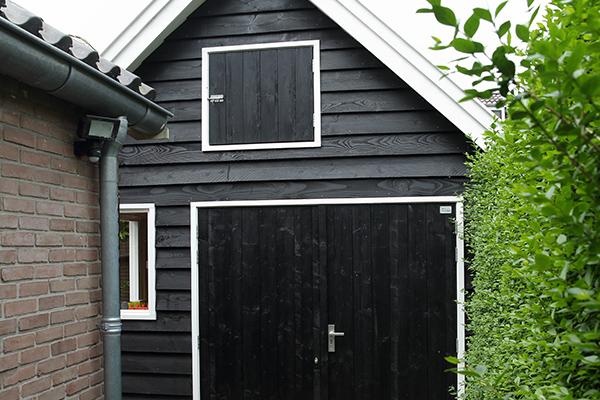Douglas houten tuinhuis met overkapping