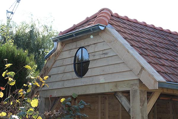 Houten tuinhuis met overkapping Ossenoog